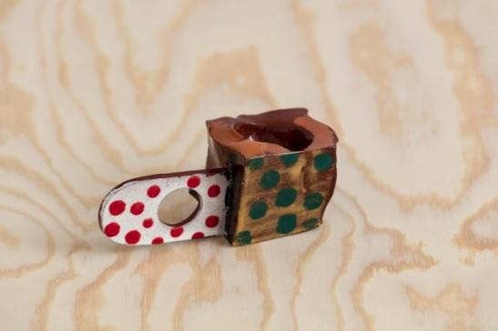 peter shire – thumb cup #2 – 2015 - 3%2c81h x  10%2c16 x 3%2c81 cm – 3.500 kr.pic2.ny1.jpeg